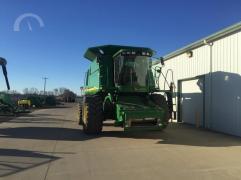 Sold combine harvester John Deere 9660 STS
